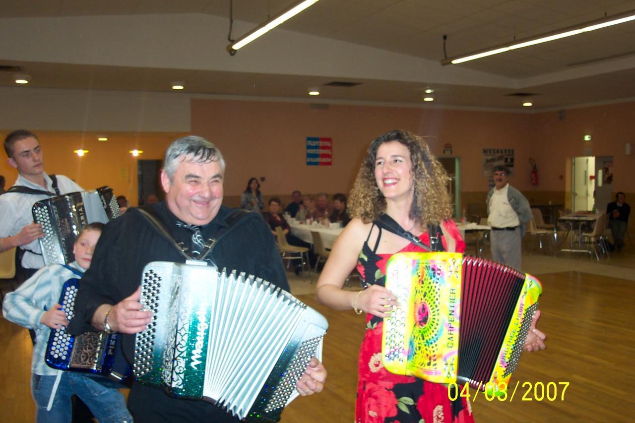 Dorothée LHOIR et les autres acordéonistes