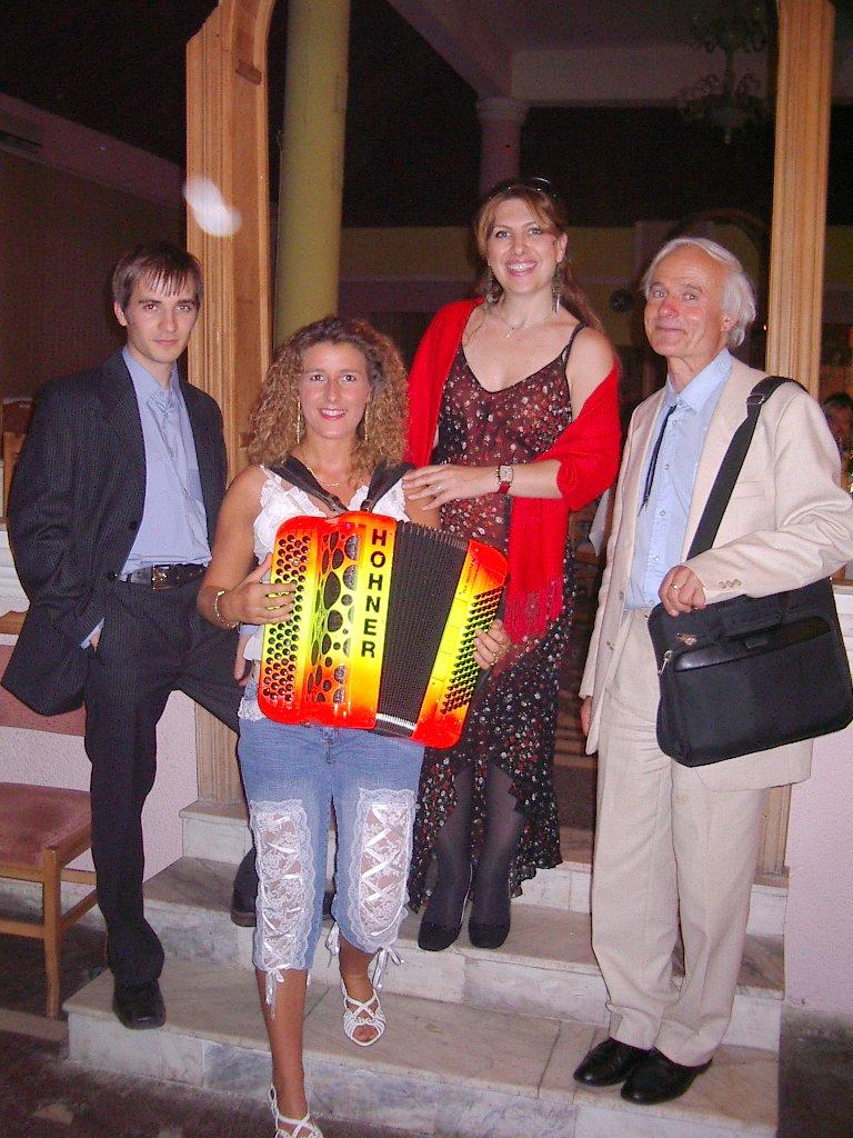 Dorothée LHOIR et Monsieur l'Ambassadeur