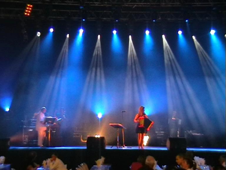 Dorothée LHOIR en scène à Gayant Expo à Douai